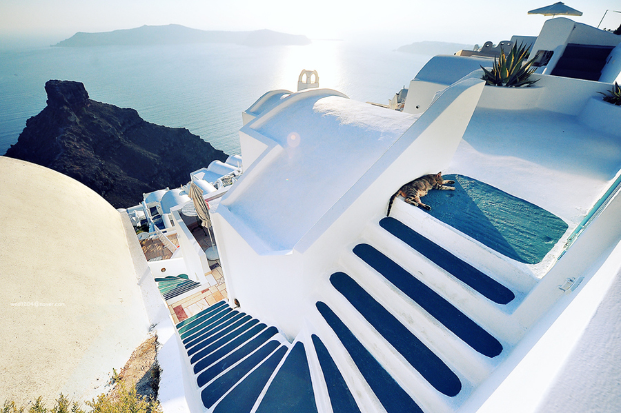 Beautiful-Santorini-Greece